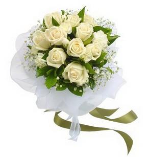 Muğla internetten çiçek satışı  11 adet benbeyaz güllerden buket
