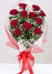 11 kırmızı gülden buket çiçeği  Muğla çiçek yolla