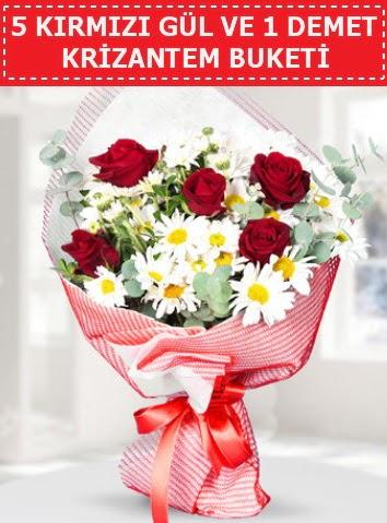 5 adet kırmızı gül ve krizantem buketi  Muğla uluslararası çiçek gönderme