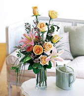 Muğla 14 şubat sevgililer günü çiçek  cam yada mika vazo içerisinde gül kazablanka