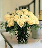 Muğla çiçek servisi , çiçekçi adresleri  11 adet sari gül mika yada cam vazo tanzim