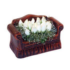 seramik içerisinde 11 gül  Muğla hediye sevgilime hediye çiçek