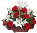 sepette gül ve kazablankalar   Muğla çiçek online çiçek siparişi