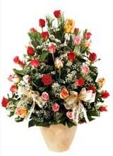 91 adet renkli gül aranjman   Muğla çiçek siparişi vermek