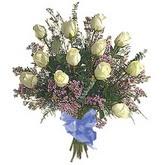 bir düzine beyaz gül buketi   Muğla çiçek siparişi vermek
