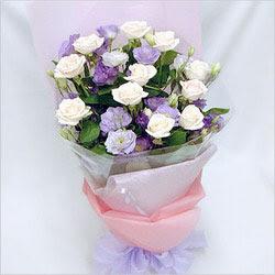 Muğla çiçek mağazası , çiçekçi adresleri  BEYAZ GÜLLER VE KIR ÇIÇEKLERIS BUKETI