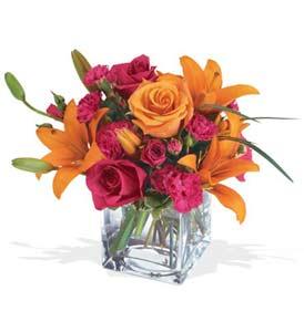 Muğla ucuz çiçek gönder  cam içerisinde kir çiçekleri demeti