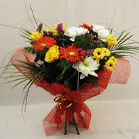 Muğla hediye sevgilime hediye çiçek  Karisik mevsim demeti
