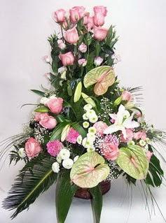 Muğla anneler günü çiçek yolla  özel üstü süper aranjman