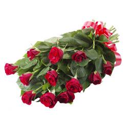 11 adet kirmizi gül buketi  Muğla çiçek siparişi sitesi