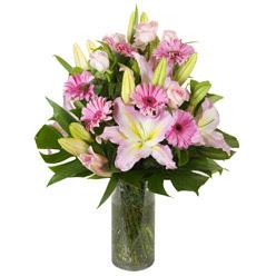 vazo içerisinde karisik mevsim çiçekleri  Muğla güvenli kaliteli hızlı çiçek