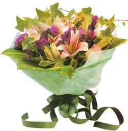 karisik mevsim buketi anneler günü ve sevilenlere  Muğla çiçek online çiçek siparişi