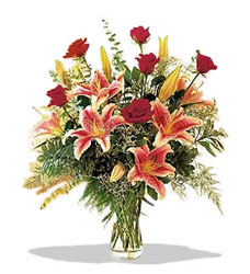 Muğla çiçek , çiçekçi , çiçekçilik  Pembe Lilyum ve Gül
