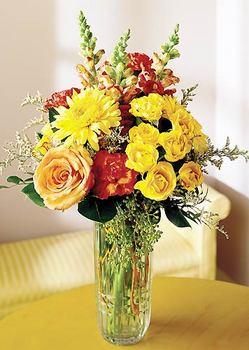 Muğla çiçek yolla  mika yada cam içerisinde karisik mevsim çiçekleri