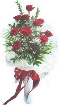 Muğla hediye sevgilime hediye çiçek  10 adet kirmizi gülden buket tanzimi özel anlara