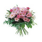 karisik kir çiçek demeti  Muğla uluslararası çiçek gönderme