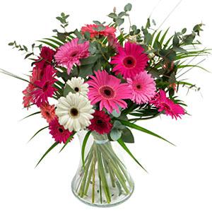 15 adet gerbera ve vazo çiçek tanzimi  Muğla online çiçekçi , çiçek siparişi