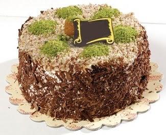 pasta gönderme 4 ile 6 kisilik çikolatali yas pasta  Muğla uluslararası çiçek gönderme