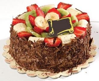 pastaci firmasindan 4 ile 6 kisilik çikolata meyvali yaspasta  Muğla çiçek servisi , çiçekçi adresleri