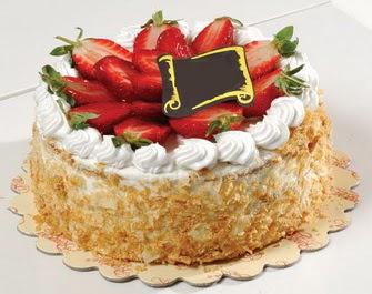 uygun pastaneler 4 ile 6 kisilik çilekli yas pasta lezzetli  Muğla yurtiçi ve yurtdışı çiçek siparişi