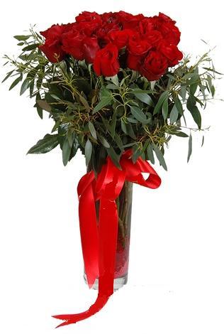 15 adet kirmizi gül cam vazo içerisinde  Muğla çiçek mağazası , çiçekçi adresleri
