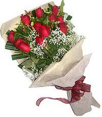 11 adet kirmizi güllerden özel buket  Muğla güvenli kaliteli hızlı çiçek