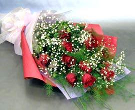 10 adet kirmizi gül çiçegi gönder  Muğla çiçek gönderme