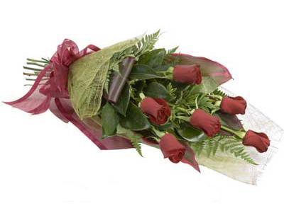 ucuz çiçek siparisi 6 adet kirmizi gül buket  Muğla çiçek servisi , çiçekçi adresleri