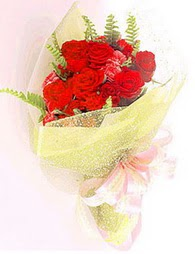 9 adet kirmizi gül buketi  Muğla çiçek yolla , çiçek gönder , çiçekçi