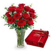 Muğla çiçek online çiçek siparişi  10 adet cam yada mika vazoda gül çikolata