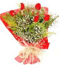 Muğla çiçek gönderme  5 adet kirmizi gül buketi demeti