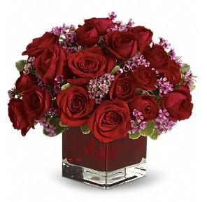 11 adet kırmızı gül vazosu  Muğla kaliteli taze ve ucuz çiçekler