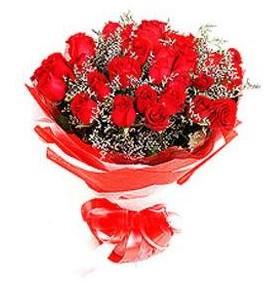 Muğla ucuz çiçek gönder  12 adet kırmızı güllerden görsel buket