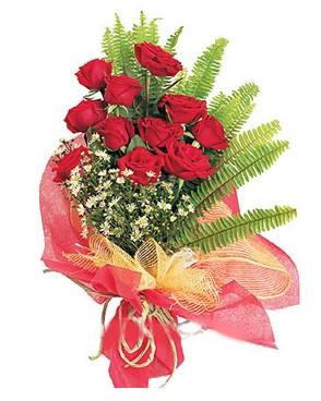 Muğla internetten çiçek siparişi  11 adet kırmızı güllerden buket modeli