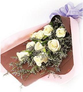 Muğla çiçek yolla , çiçek gönder , çiçekçi   9 adet beyaz gülden görsel buket çiçeği