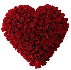 Muğla çiçek online çiçek siparişi  muhteşem kırmızı güllerden kalp çiçeği