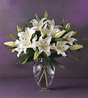 Muğla internetten çiçek siparişi  4 dal cazablanca vazo çiçeği