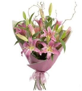 Muğla internetten çiçek siparişi  3 dal cazablanca buket çiçeği