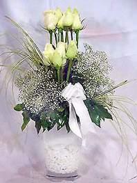 Muğla online çiçekçi , çiçek siparişi  9 adet vazoda beyaz gül - sevdiklerinize çiçek seçimi