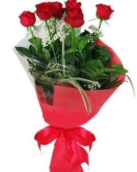 5 adet kırmızı gülden buket  Muğla hediye çiçek yolla