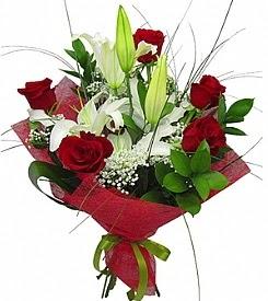 1 dal kazablanka 5 kırmızı gül buketi  Muğla hediye çiçek yolla