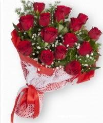11 adet kırmızı gül buketi  Muğla İnternetten çiçek siparişi