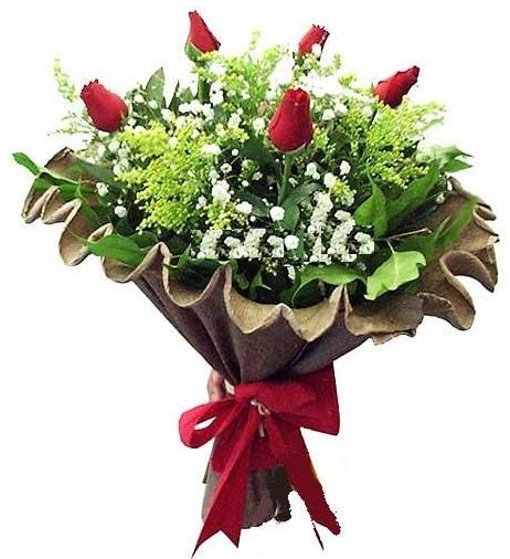 5 adet gülden buket  Muğla çiçek siparişi vermek