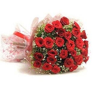 27 Adet kırmızı gül buketi  Muğla anneler günü çiçek yolla